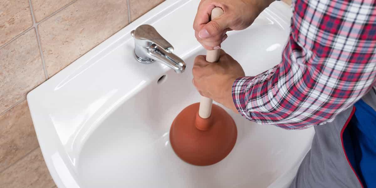 Débouchage salle de bain (baignoire, douche, lavabo)