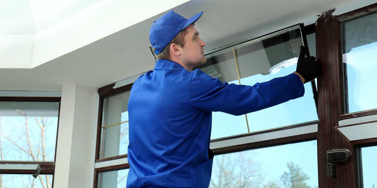 Dépannage vitre Nice, des interventions adaptées à vos exigences