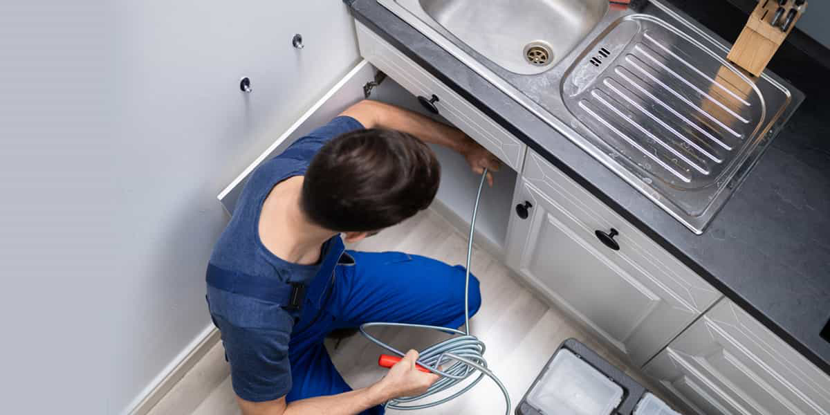 Entretien et nettoyage de canalisation bouchée dans le 95