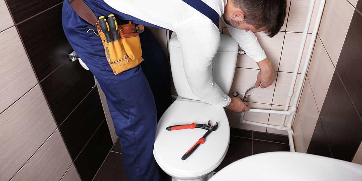 SOS Plombier 24h/7j - Réparation de fuite WC
