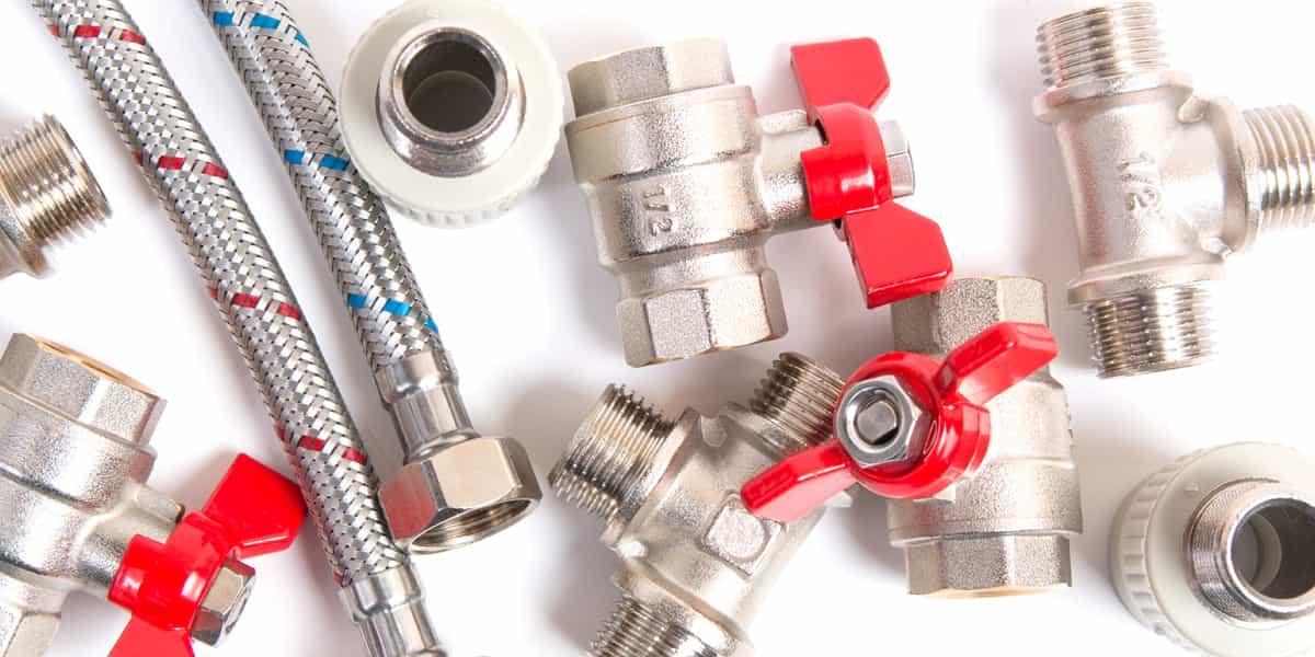 Quels sont les différents types de tuyauteries et de raccords ?