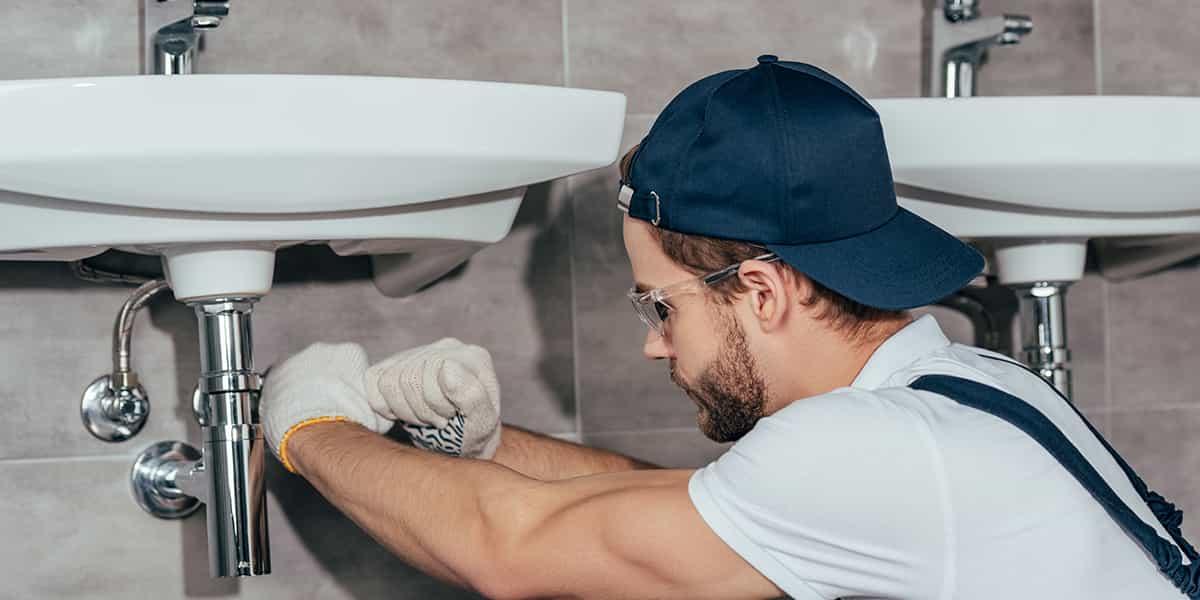 Une salle de bain design accessible à tous avec Allo Dépanne !